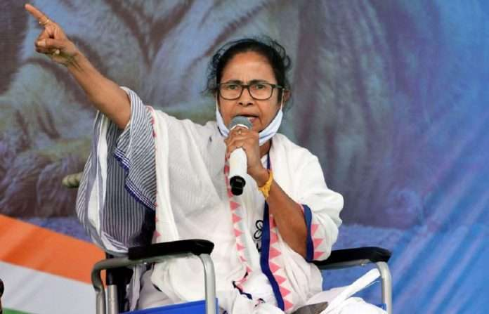 Election Commission of India imposes a ban of 24 hours on West Bengal Chief Minister Mamata Banerjee