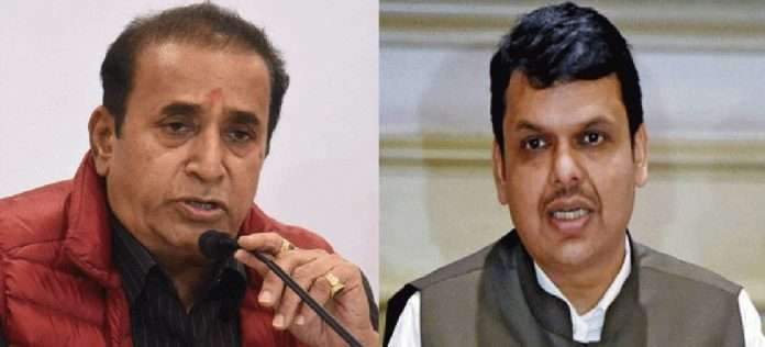 Devendra Fadnavis demands Home Minister anil deshmukh should resign and face CBI inquiry
