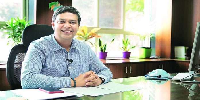 Thane Municipal Commissioner Dr. Vipin Sharma tested Positive for covid19