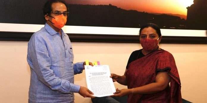 Yashomati Thakur demand to Stop BJP-side propaganda in MPSC exams
