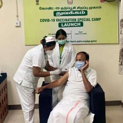 Corona Vaccination: Corona vaccine was taken by senior political leaders including Prime Minister Modi