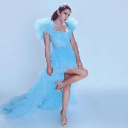 bollywood actress sara ali khan cinderella look viral