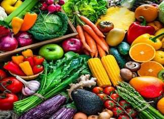 eat fruits and vegetables in the summer season