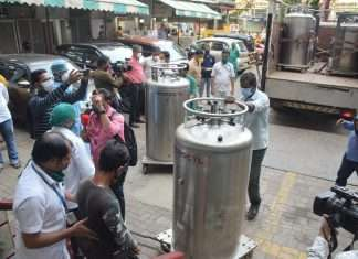 disaster in Ghatkopar was averted due to timely supply of oxygen