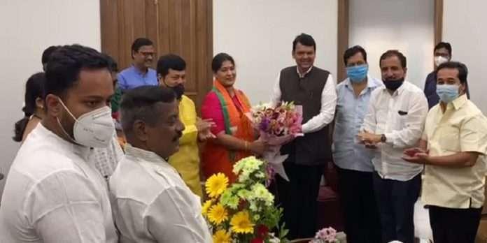 Former Shiv Sena MLA Trupti Sawant joins BJP