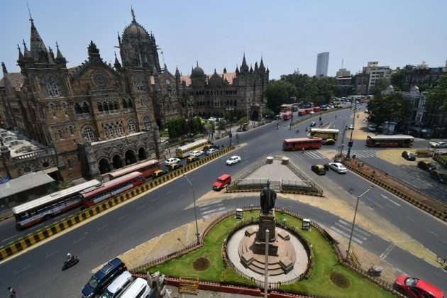Photo: Mumbai Lockdown Break The Chain second day in Mumbai