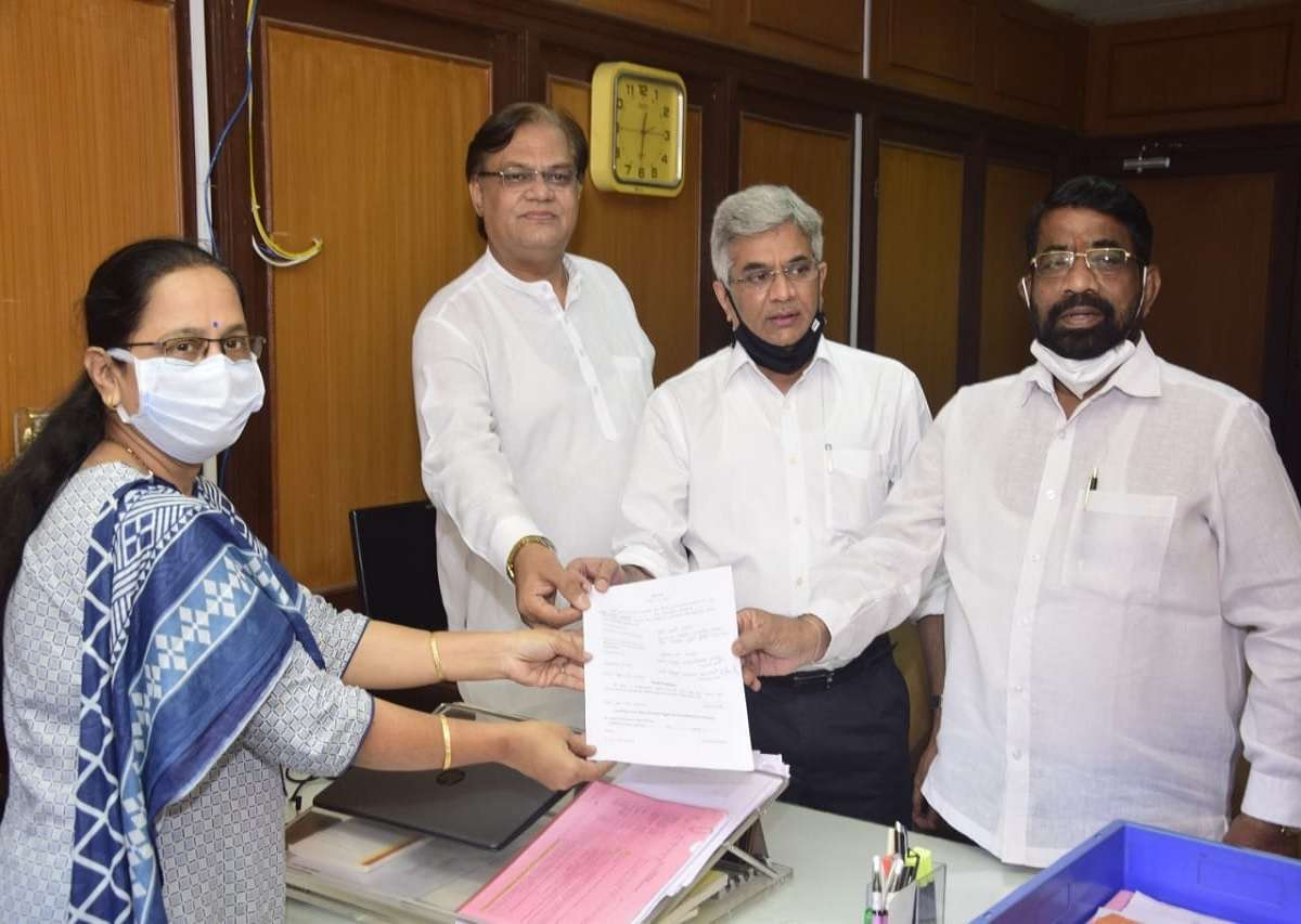 Opposition leader Ravi Raja has filed his nomination papers for the post of Best Committee Chairman