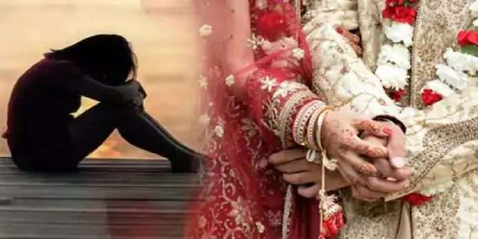 Two brides divorced after failing a virginity test