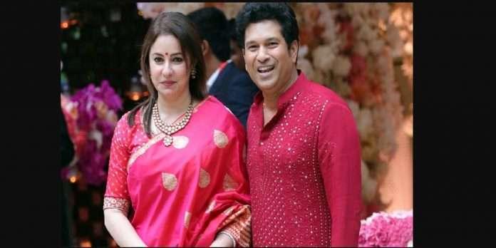 Happy Birthday Sachin Tendulkar: Sachin Anjali's unique love story