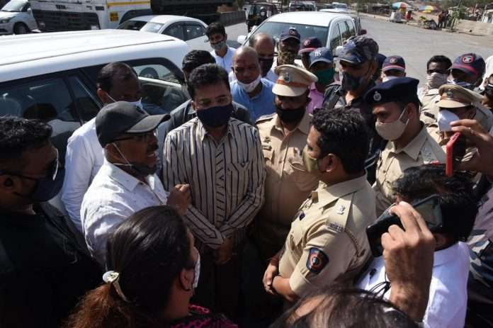 Kausa, Kalwa prevented BJP leaders from inspecting the hospital