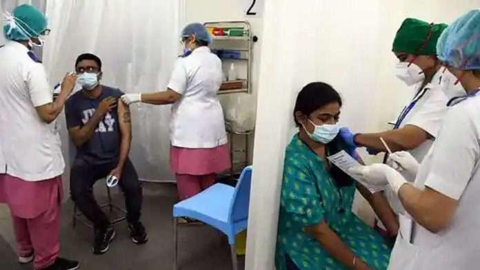 maharashtra corona vaccination more than five lakh corona vaccination in one day