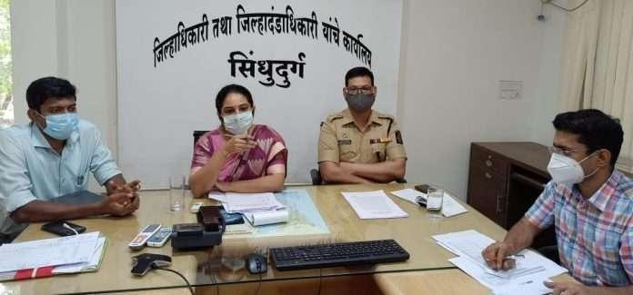 सिंधुदुर्ग जिल्ह्यात प्रवेश करण्यास कोरोना टेस्ट बंधनकारक, जिल्हाधिकाऱ्यांचा आदेश