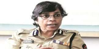 high court question state government should clarify ips officer rashmi shukla accused or not in phone tapping case