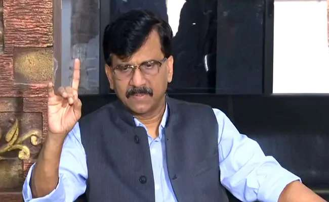 Sanjay Raut demand The Supreme Court should set up a national committee to handle the corona