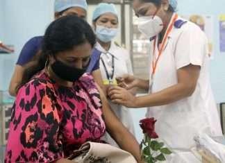 Delhi HC slams 'irritating' vaccine dialer tune central goverment