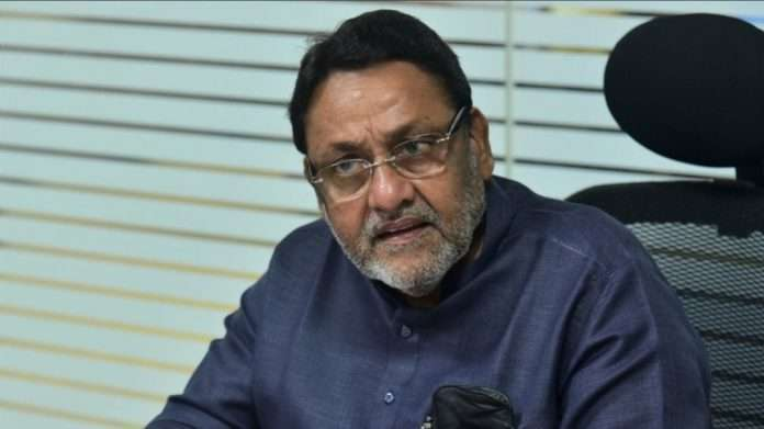 Nawab Malik says Those trapped in the flood situation government will help them