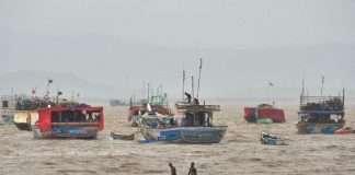Cyclone Tauktae Update Migration 12 thousand 420 citizens from Ratnagiri, Sindhudurg and Raigad districts
