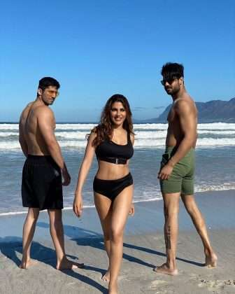 khatron ke khiladi 11 contestant vishal aditya singh and nikki tamboli romatic photos viral