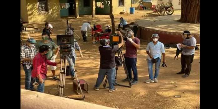 film industry Unlock film and tv industry in mumbai allowed to shoot till 5 pm in bio bubble from 15