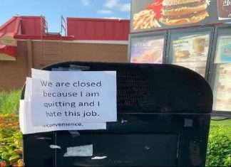 McDonald workers quit this job by writing on drive thru saying i hate this job