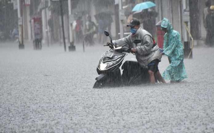 mumbai rain latest updates today andheri subway waterlogged maharashtra weather imd heavy rain alert mumbai monsoon bmc news