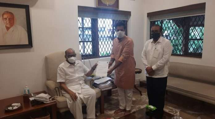 Grandparents of Thane Municipal Corporation visit former Leader of Opposition Sharad Pawar; The way to the General Assembly will be clear