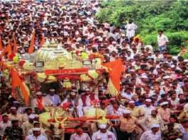 Sadhana Bhosale demanded Warakaris who have taken two doses of vaccine will be allowed to enter Pandharpur