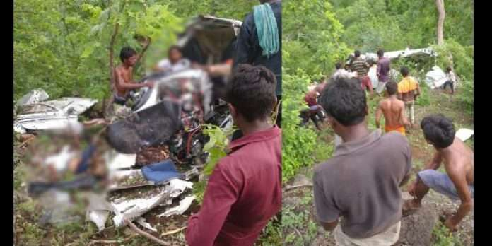 Helicopter Crashes in Maharashtra's Jalgaon, One Dead, Another Injured; Rescue Ops Ongoing
