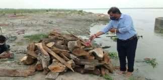 Exhumation of bodies found at Prayagraj Ghat, cremation on more than 50 bodies