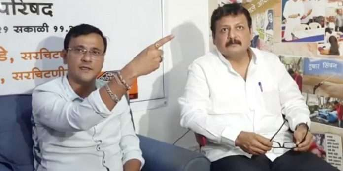 MNS Spokesperson Sandeep Deshpande and MNS General Secretary Hemant Sambhus
