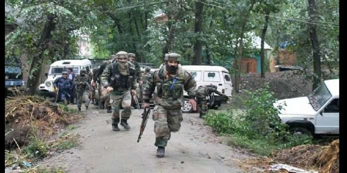 Pulwama Encounter: jammu encounter started at midnight in pulwama three terrorists surrounded by security forces