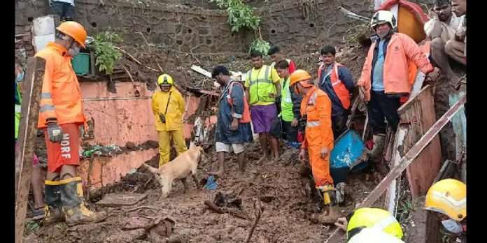 mumbai rains 21 people die and 4 injured due to landslide in chembur bhandup and vikhroli several feared trapped