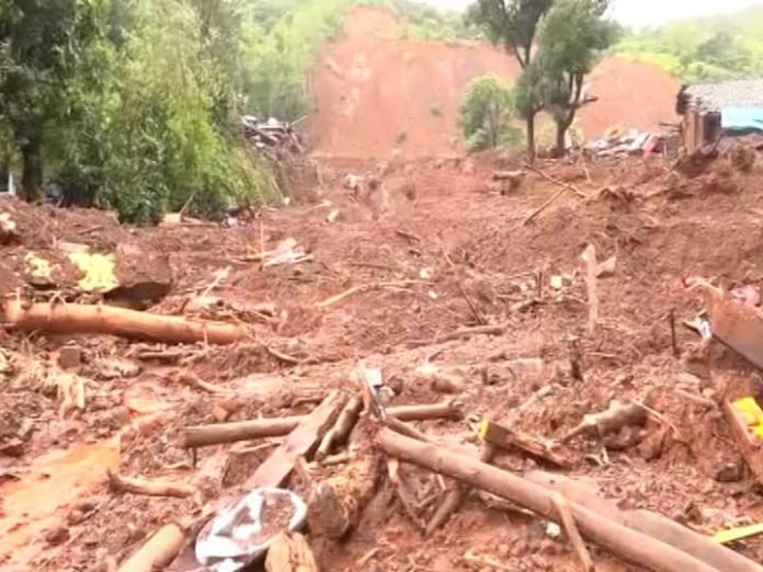 65 years old woman Despite being Under the heap for 24 hours she is safe