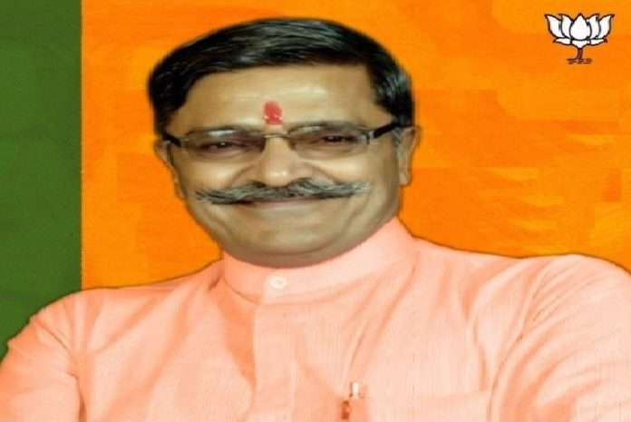 BJP minister took oath that he is not eat any food till corona wont end