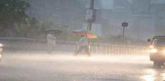 Monsoon Update: Heavy rain in state for next 2 days,Yellow alert to some districts