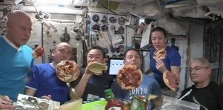Astronauts Enjoy 'floating Pizza Night' At International Space Station viral video