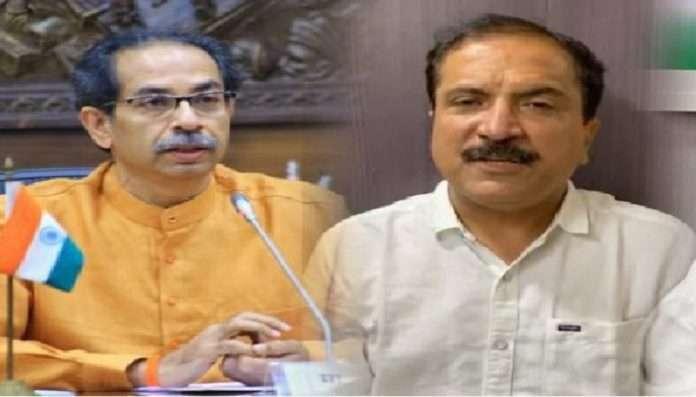 Atul Bhatkhalkar complaint against CM on other state people registration