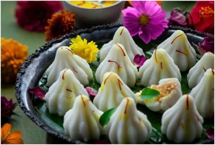 Ganesh Chaturthi 2021 know the real reason behind ganpati bappa loves modak for eat