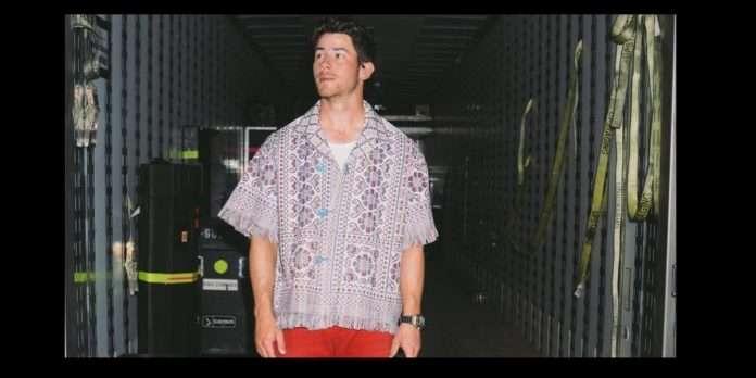 nick jonas wear solapuri chaddar shirt