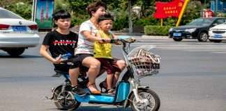 China Plans Law To Punish Parents For Children's 'bad Behaviour & Delinquency'