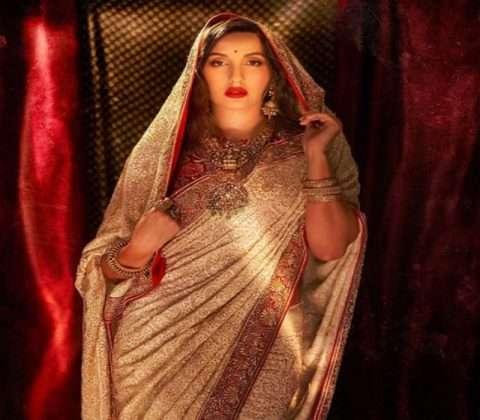 Celebrity style of Durga Puja