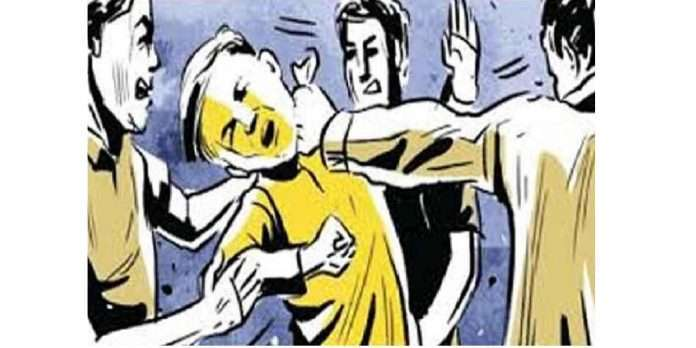 malad crime employes attack team leader after employee removal on his work