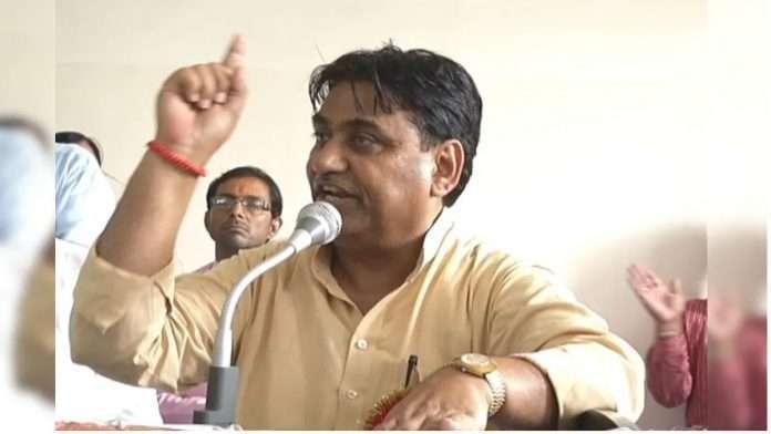 where theres female staff either principal or male teacher takes saridon jaipur education minister govind singh dotasara