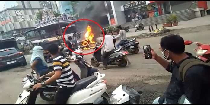 pimpari chinchwad worker burned owner's bike for not paying the salary