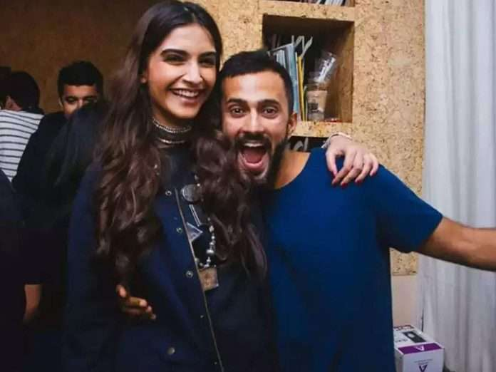 bollywood actress sonam kapoor husband anand ahuja clothing brand bhaane photoshoot in pakistan
