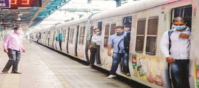 Navi Mumbaikars along with Panvelkars were relieved by the possibility of a one-dose train journey